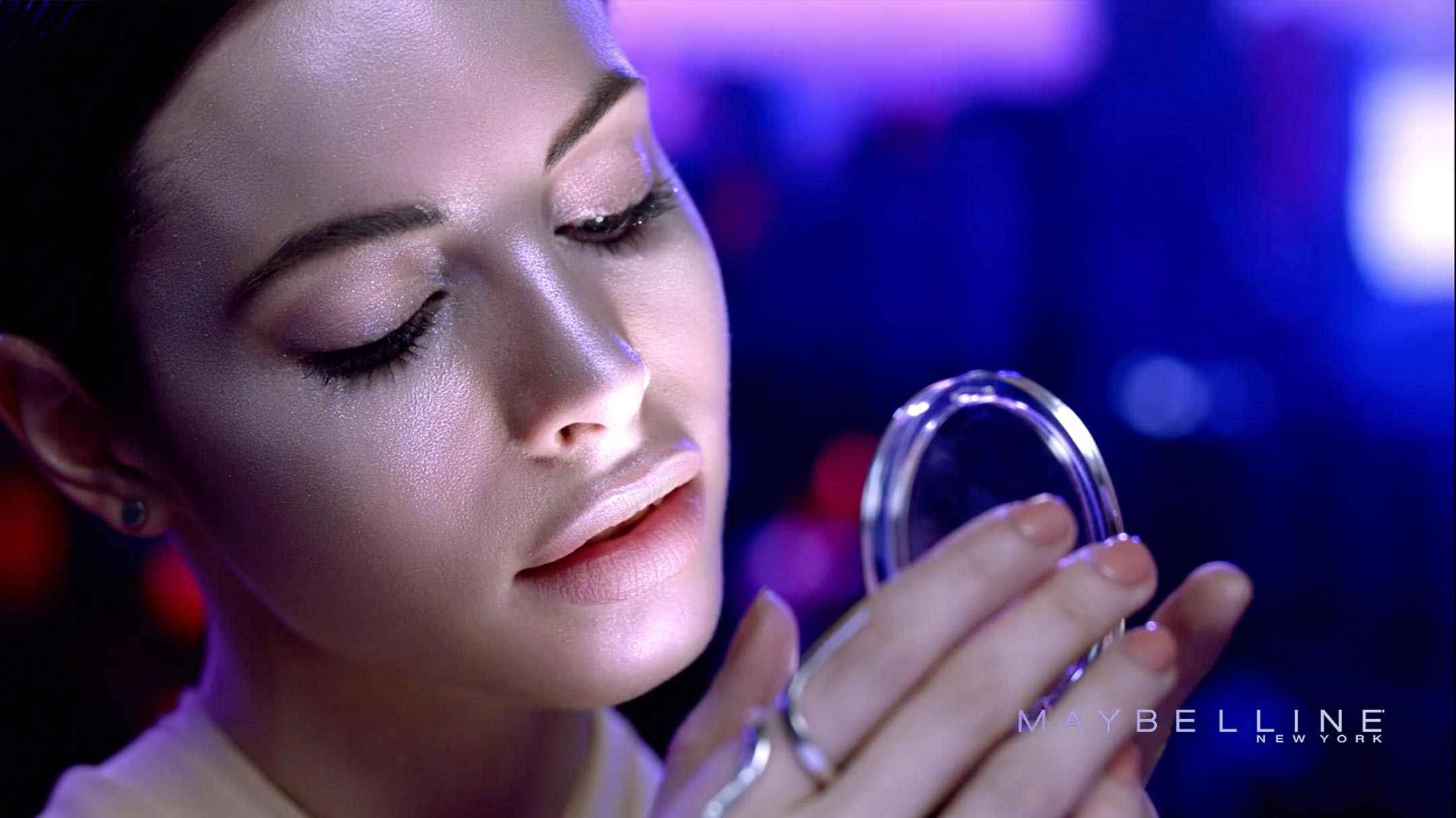 maybelline-master-holographic-lifestyle-videopromoted